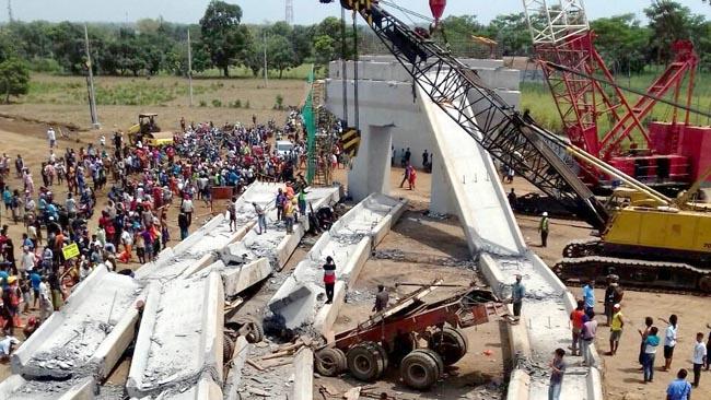 Proyek Tol Pasuruan-Probolinggo Minta Nyawa, 1 Tewas, 2 Kritis Tertimpa Breder