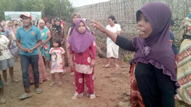 Warga Lemah Kembar Demo, Protes Pengusaha Tambak yang Tebang Mangrove