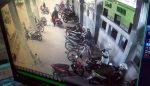 Pencuri Motor di Parkiran Masjid Al Mubarok Kota Blitar, Terekam CCTV