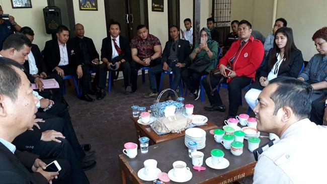 25 Pengacara 'Luruk' Polsekta Klojen, Terkait Kasus Premanisme di SD Taman Harapan