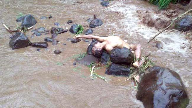 Mayat Bugil Ditemukan di Sungai Baderan Sumbermalang-Situbondo
