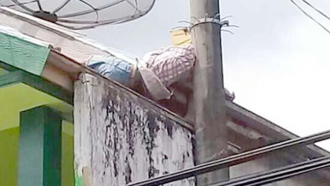 Pemuda asal Bangkalan Tewas Kesetrum di Atap Rumah