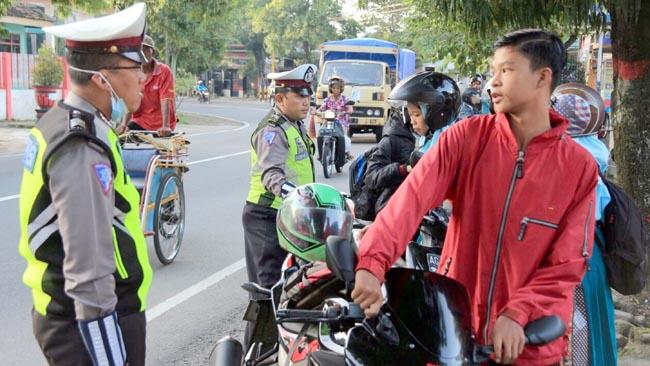 Satlantas Polres Blitar, Jaring 178 Pelajar Pelanggar Lalu Lintas