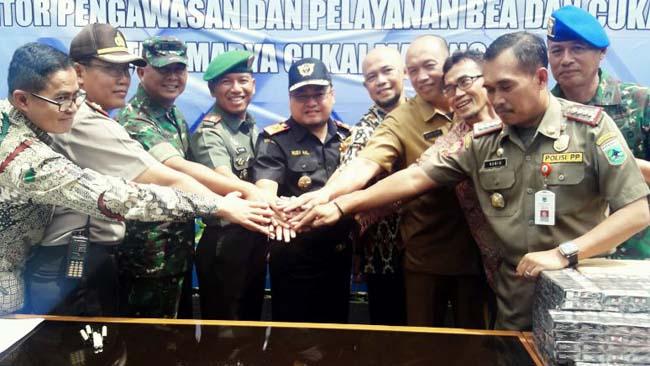 Sinergitas TNI, Polri dan KPPBC Malang
