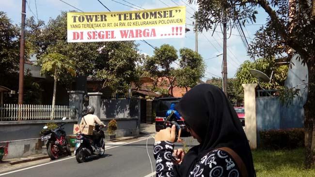 Warga Cakalang Kota Malang, Tolak Operasional Tower Telkomsel