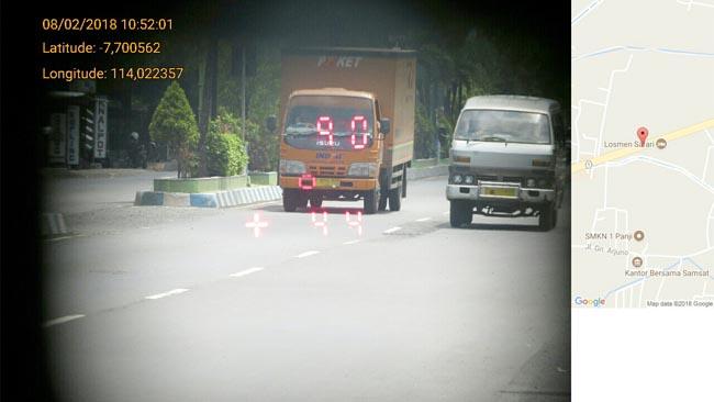 Gunakan Speed Gun, Polantas Polres Situbondo Pantau Kecepatan Kendaraan di Kawasan Tertib Lalu Lintas