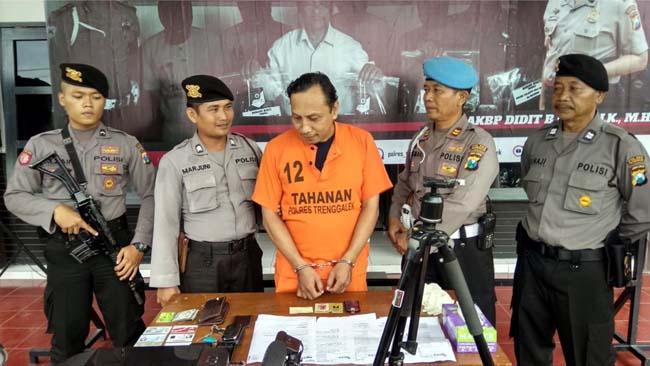 Kangen Karyanya, Mantan Kemeramen Ditangkap Polisi