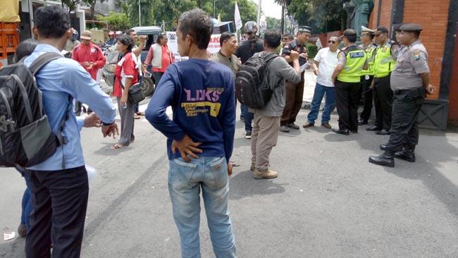 LSM Kediri Ancam Kerahkan Ribuan Massa, Tuntut Pemkab Batalkan Proses Pengisian Perangkat