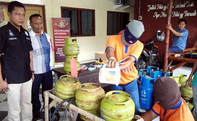Oplos LPG 3 kg ke 12 kg, Gudang di Desa Gempol Kurung Digerebek