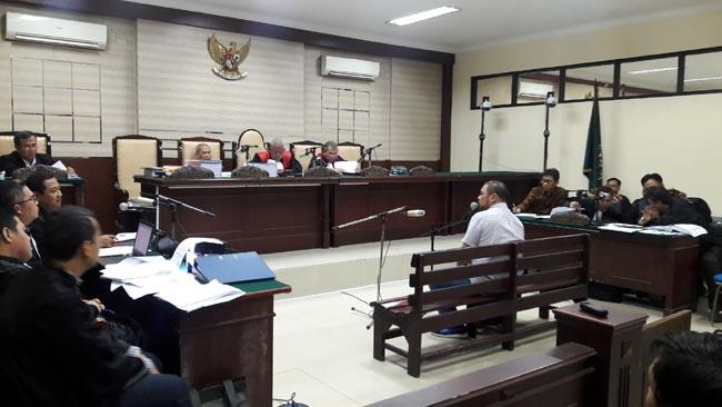 Penyuap Eddy Rumpoko dan Edi Setiawan Beri Kesaksian 7,5 Jam