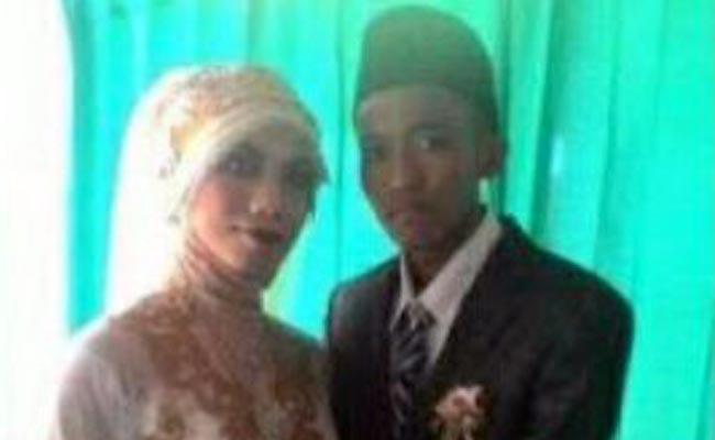Pasangan Pernikahan Sejenis Dituntut 1 Tahun Penjara