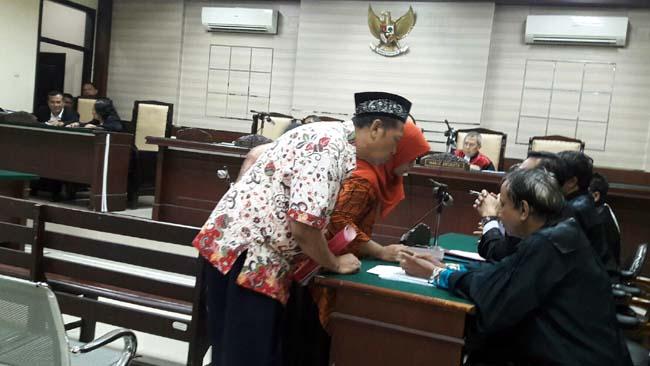 Tiga Direksi PDAU Sidoarjo Dituntut Jaksa 1,5 Sampai 4 Tahun Penjara