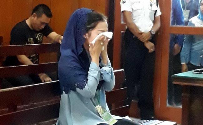 Korban Pelecehan Perawat Trauma, Nangis di Depan Hakim