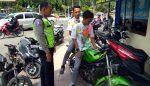 Tidak Pakai Helm, 2 Pelajar Rayakan Kelulusan Diberi Hadiah Tilang