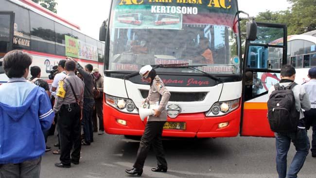 Tak Layak Jalan, Bus Harapan Jaya Ngandang