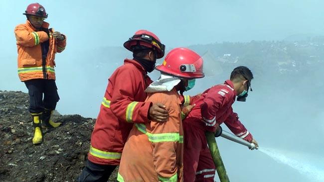 Dua Hektar Tumpakan Sampah Supit Urang Terbakar