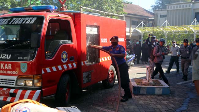 Kantor Pemkot Probolinggo Terbakar, Pegawai Berhamburan