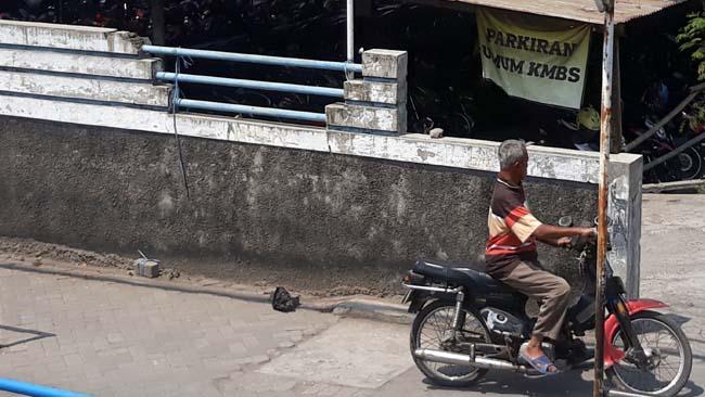 """Aset Desa """"Dirampok"""" , Warga Nogosari Ancam Gugat Pengelola Parkiran PT KMS Pandaan"""