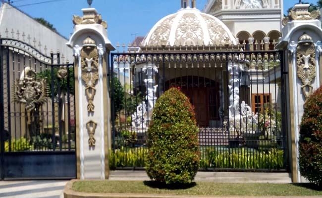 Salah satu rumah harta bersama dr Hardi-Valen di Jl Taman Ijen. (ist)