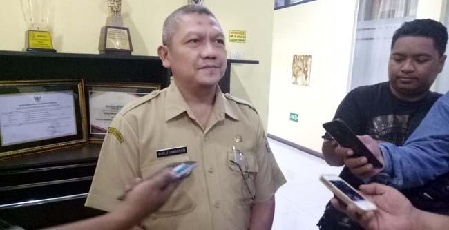 Direktur RSUD Jombang dr. pudji Umbaran saat diwawancarai awak media
