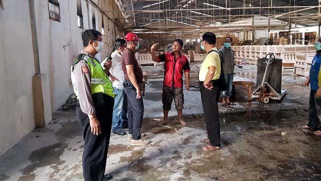 Gudang Work Shop Lapas Surabaya terbakar