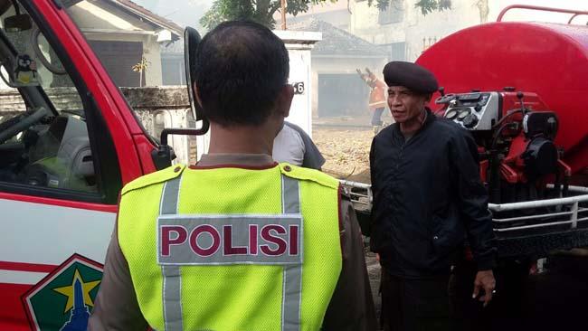 Listrik Konslet, Rumah di Jl Tlogo Agung Terbakar