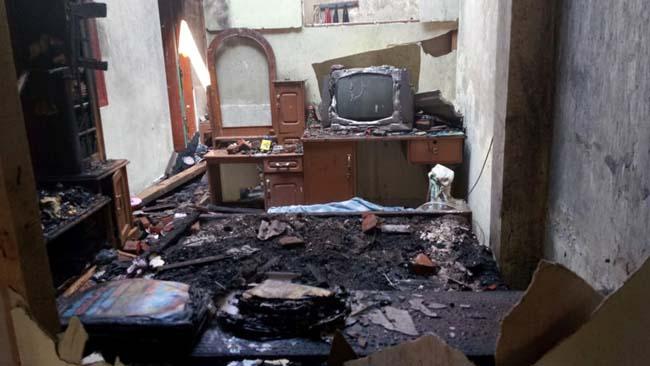 Pasutri di Sidoarjo Tewas Terpanggang di Kamar Saat Rumahnya Terbakar