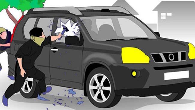 Sering Mecahin Kaca Mobil, Duo Begundal Dikerangkeng