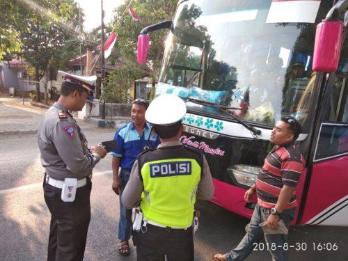 Bus Masuk Kota Probolinggo, Ditindak Tegas