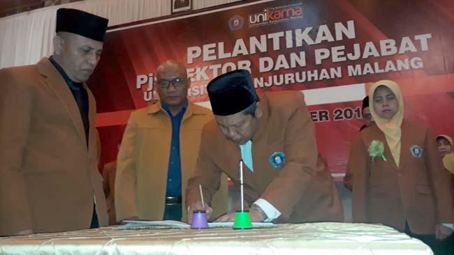 PPLP PT PGRI Kubu Christea Lantik PJS Rektor dan Pejabat Unikama, Dijaga Ketat Polisi