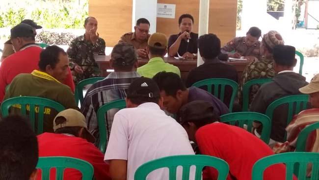 Tidak Diberi Lahan Garapan, Anggota LMDH Luruk Desa Bengkak