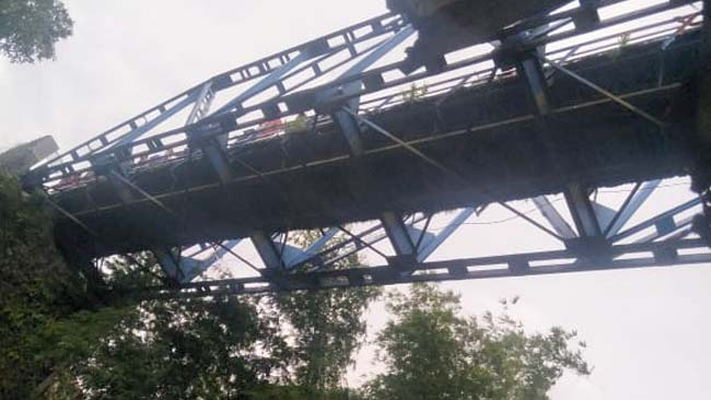 Jembatan Pelor kembali dijadikan lokasi bunuh diri. (ist)