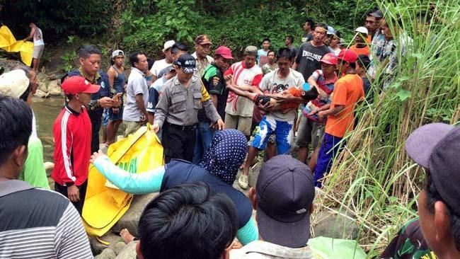 Bapak dan 2 Anak Tenggelam di Air Terjun Jurug Guse Trenggalek
