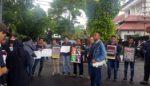 Wartawan Malang Raya Demo, Tuntut Cabut Remisi Untuk Susrama