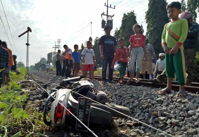 LOKASI : Perlintasan kereta api jalan Mangga Lingkungan. (ist)