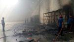 Percikan Api Las, Bakar Gudang PT Pusaka di Gedangan