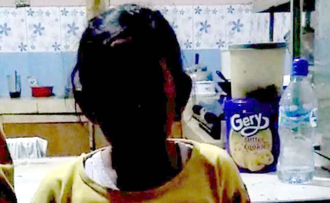 Viral..! Siswi SD di Lumajang 'Tidak Naik Kelas' Karena Belum Bayar Tunggakan
