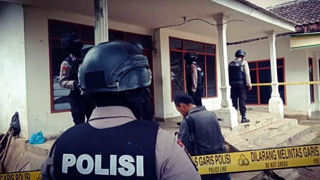 Bom Meledak di Lumajang, 3 Rumah Berantakan