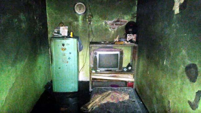 Ditinggal Jualan Sate, Rumah Terbakar