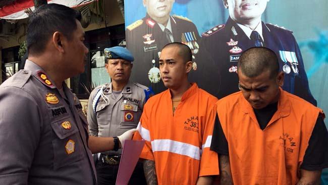 Kapolres Malang Kota AKBP Asfuri saat merilis tersangka Yusron dab Priyanda. (ist)