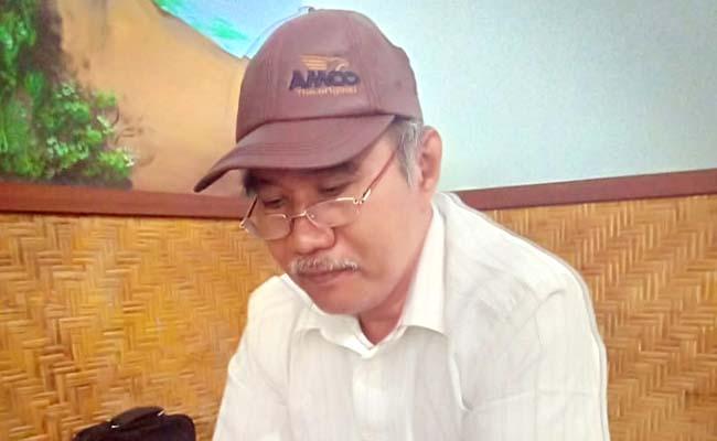 Kepala Sekolah SMPN 1 Songgon, Samsudin Ali. (tut)
