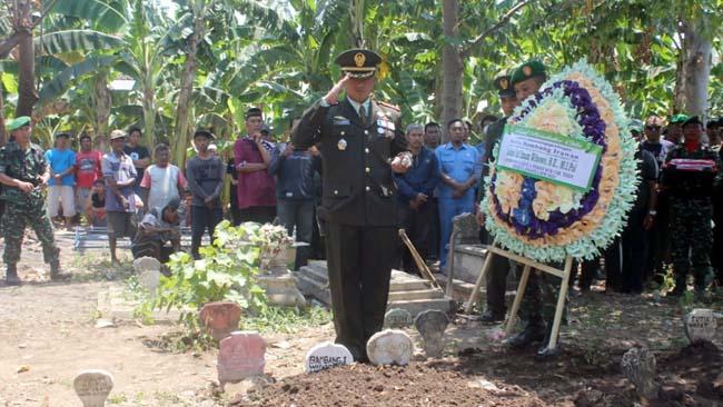 Prosesi Pemakaman Sertu Bambang Irawan (ist)