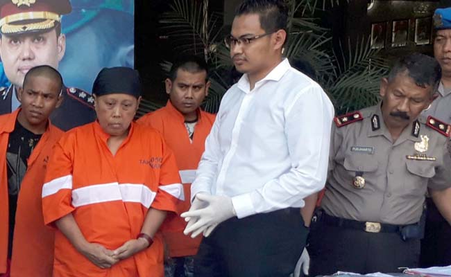 Tersangka Siami saat dirilis Senin (9/9/2019) siang di Mapolres Malang Kota. (gie)