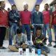 DUA : Anggota Polsek Pakis bersama Buser Polres Malang usai meringkus 2 tersangka. (ist)