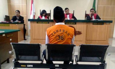 Terdakwa Samsul dalam persidangan(Sur)